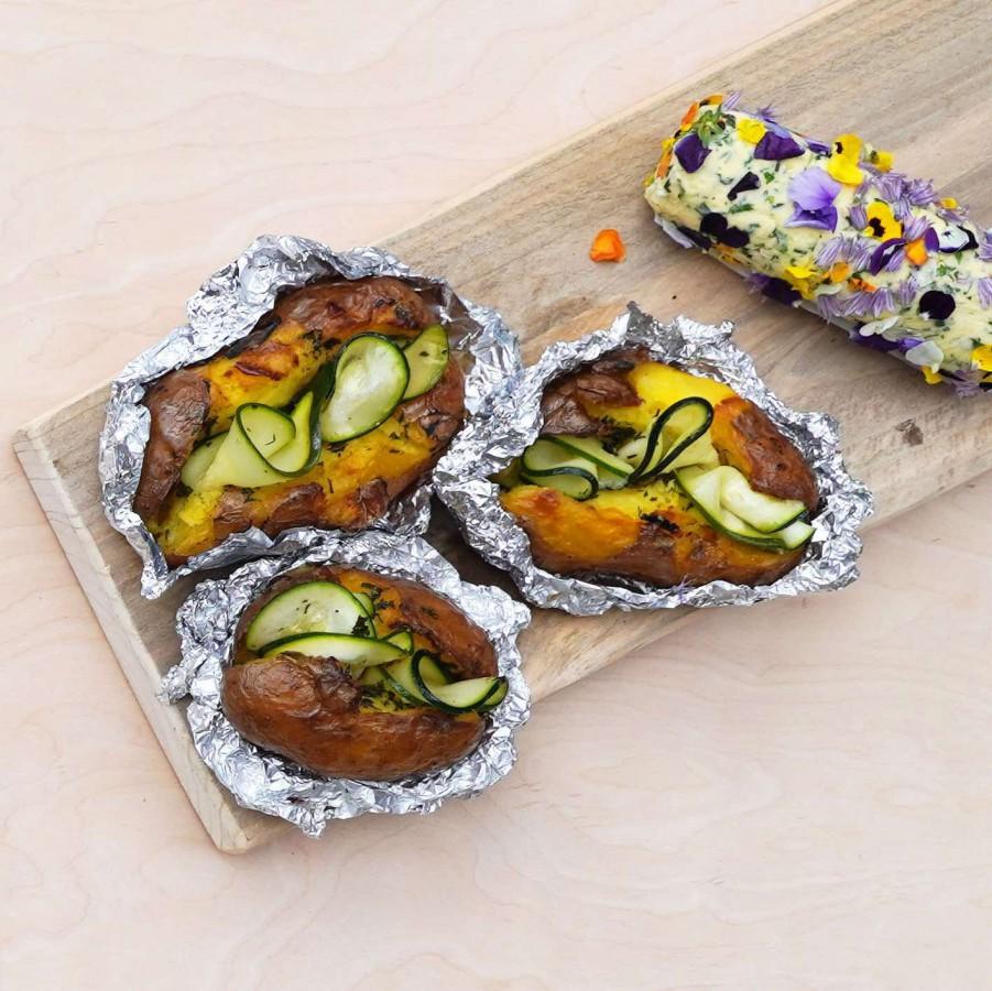 BBQ aardappel met bloemenboter