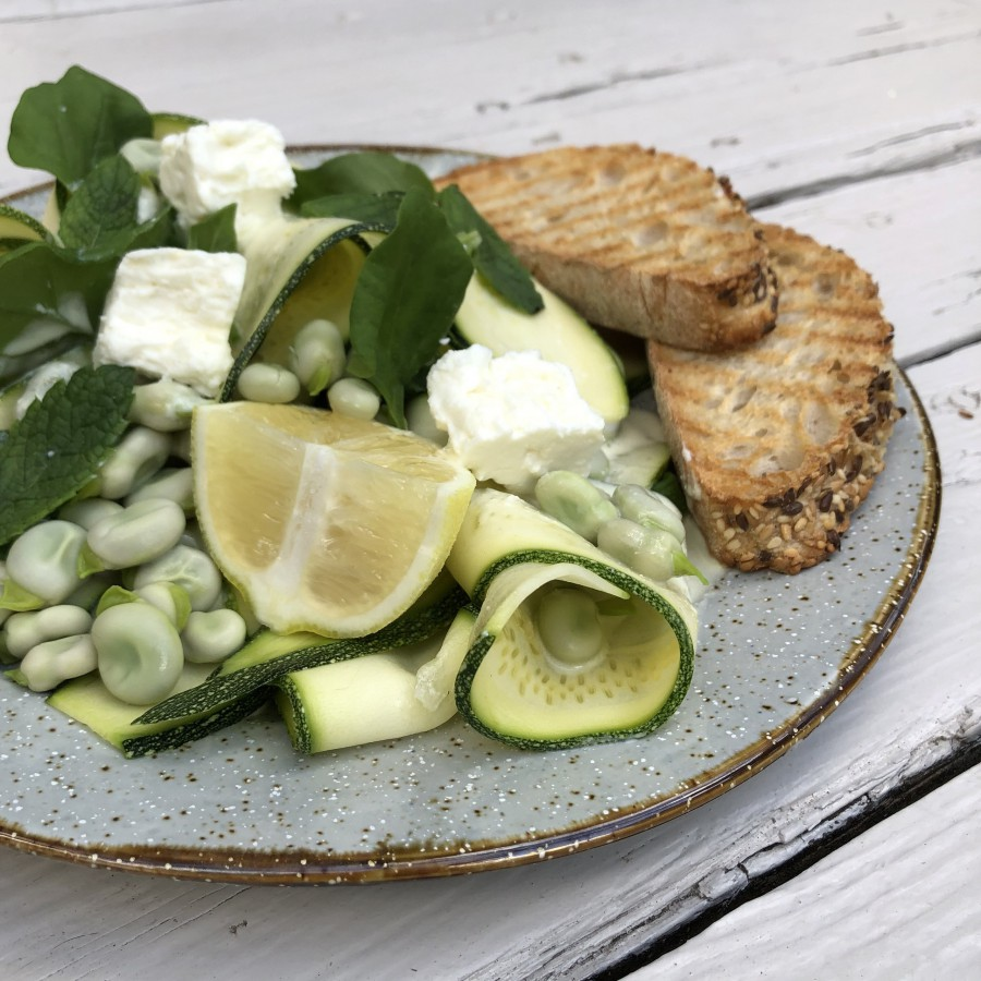 Groene salade met geitenkaas