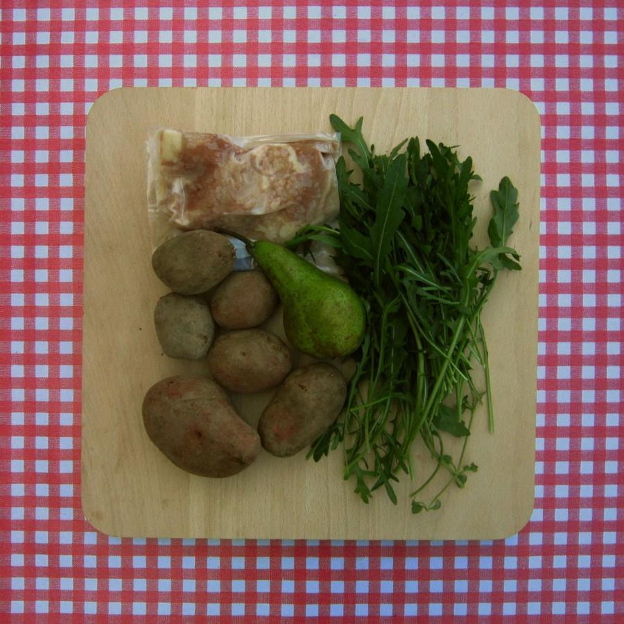 Kip met rucola-peersalade