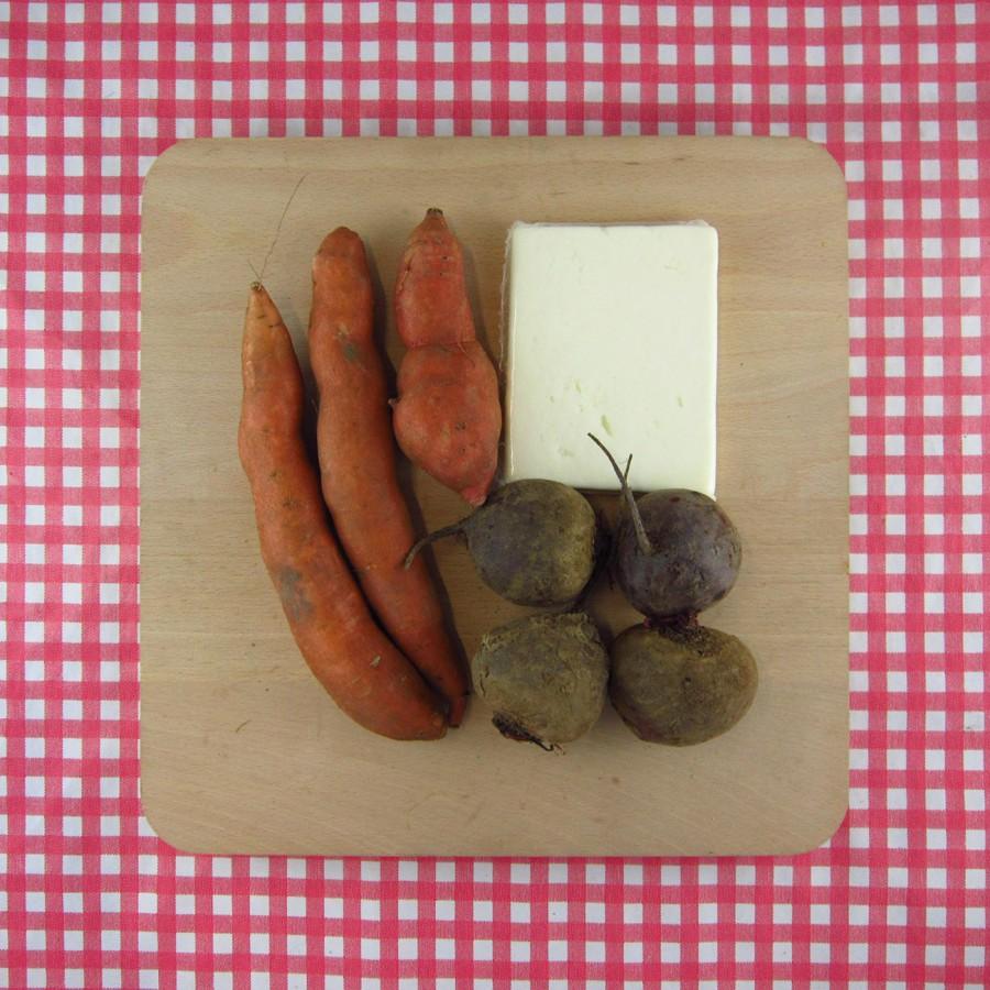 Zoete aardappel met biet en feta uit de oven