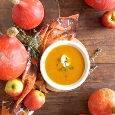 Pompoen-appelsoep