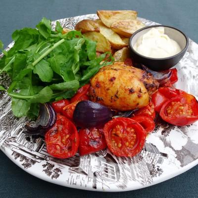 Kippendijen met tomaat uit de oven