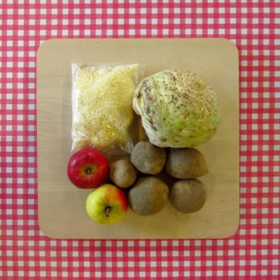 Ovenschotel met knolselderij, kaas en appel